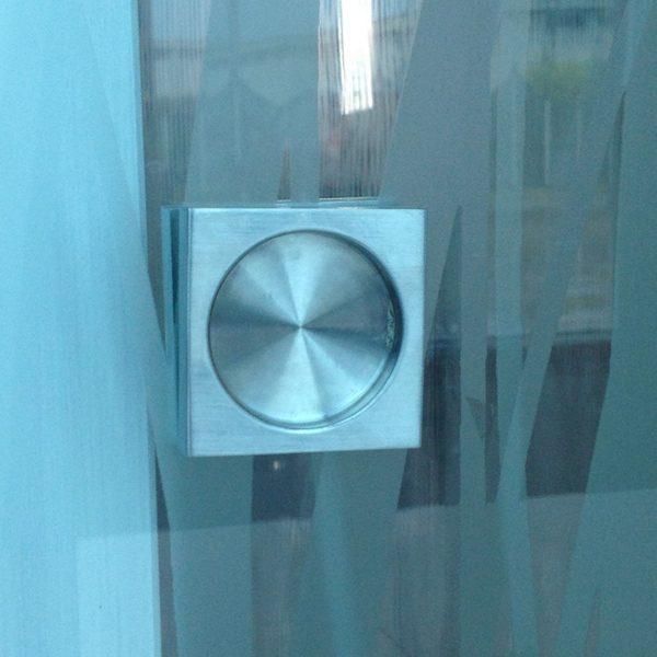 maniglia-nicchia-quadra-vetreria-kroton