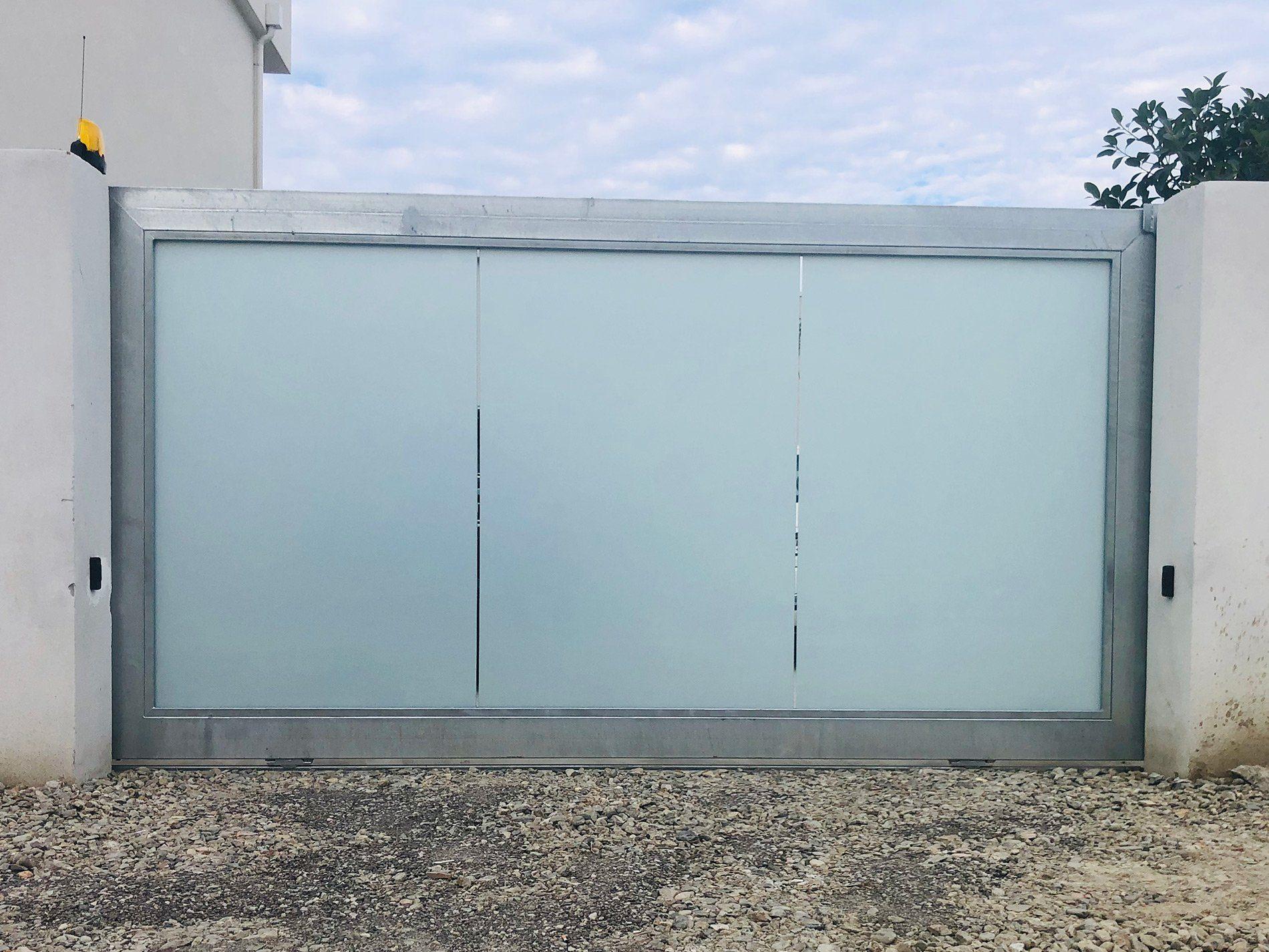 cancello-vetro-vetreria-kroton-hp-01