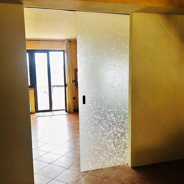 scorrevole-esterno-muro-vetreria-kroton-01